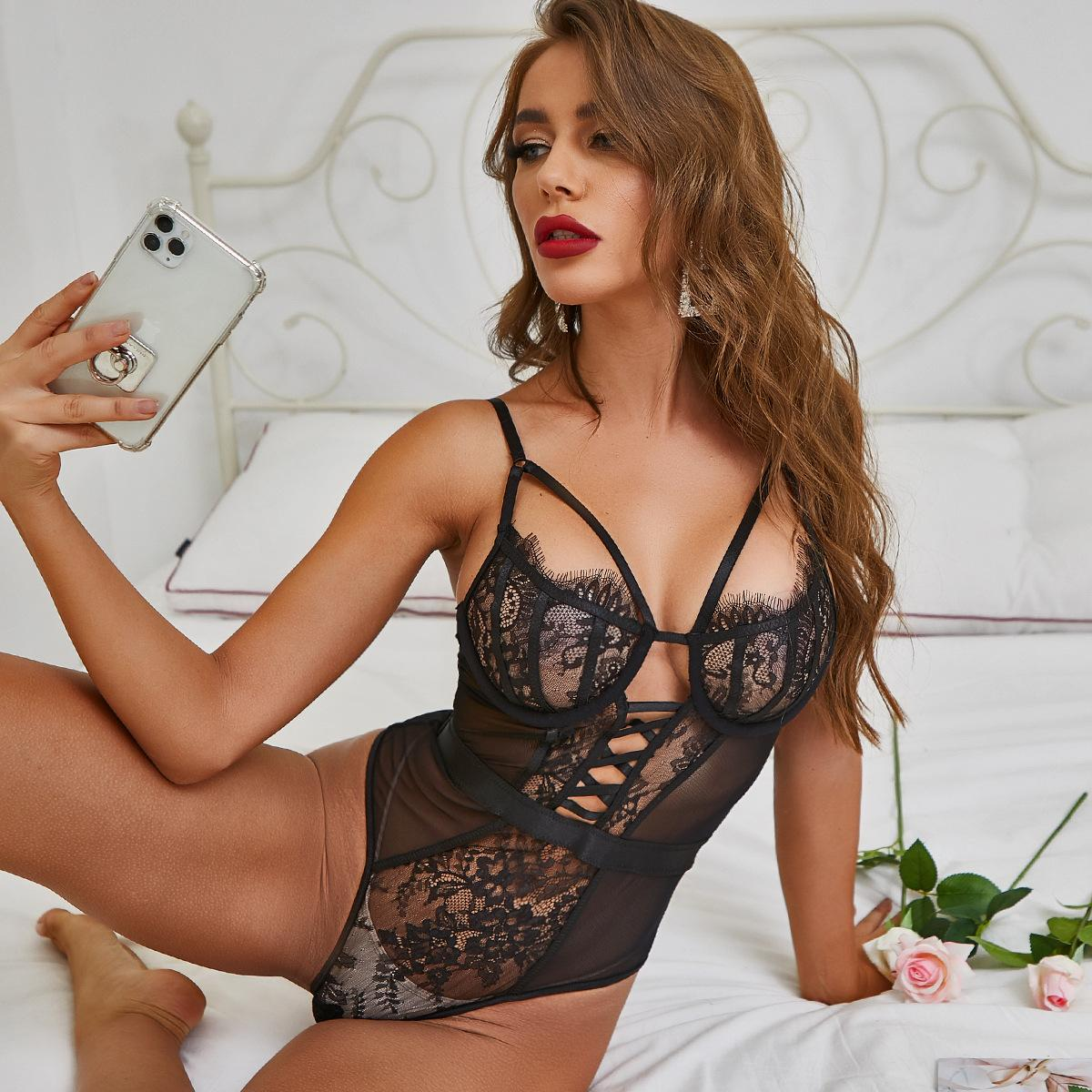 Intricate Craftsmanship Mesh Stitching Braided Belt Black And White Lace Eyelashes Hollow Sexy Lingerie Italian Sexy