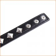 Rivet Pin Buckle Neck Collar